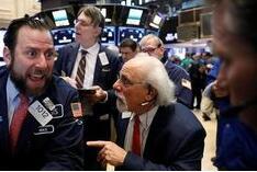 美国三大股指集体2日收涨 道指涨近470点  雪佛龙涨11.11% 康菲石油涨14.11%