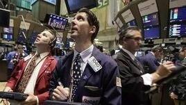 美股周二收盘全线大跌,道指跌近400点