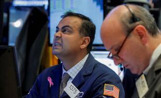 美股中概股周五收盘集体下挫,阿里巴巴跌5.87%,拼多多涨14.50%