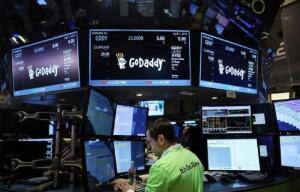 美股区块链股集体大涨,嘉楠耘智、第九城市涨40%