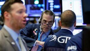 美股各行业ETF中,区域银行ETF领涨,涨2.7%